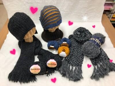 バレンタインは手作りで♡想いをこめてマフラーを編んでみませんか?