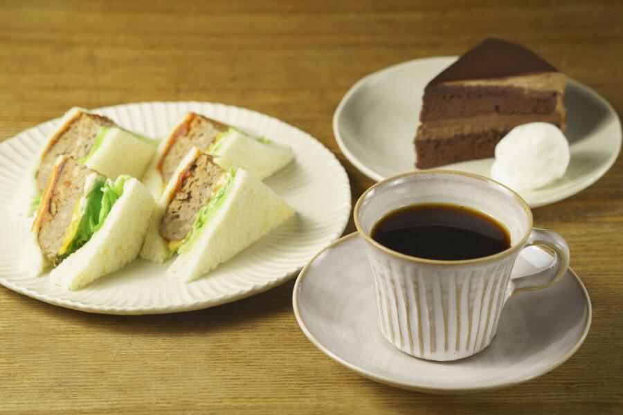 コーヒー&サンドウィッチ シュハリ