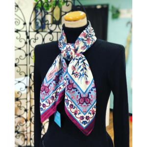 ホワイトデーにトルコのスカーフはいかがですか〜