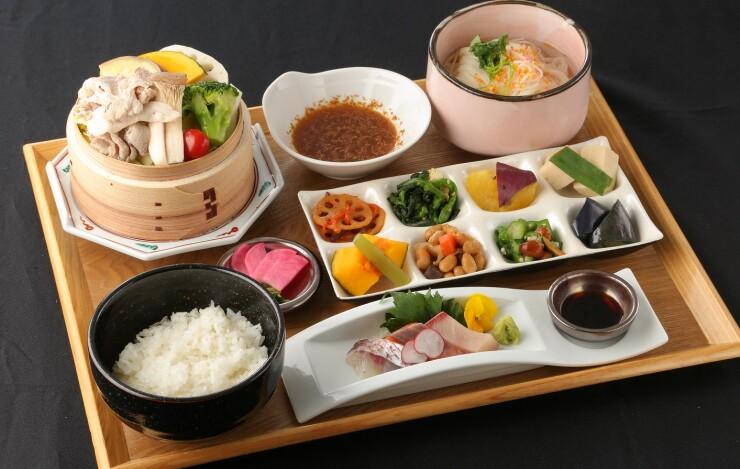 【ランチ】平日20食限定 南州豚の蒸篭蒸しセット 1000円(税込)